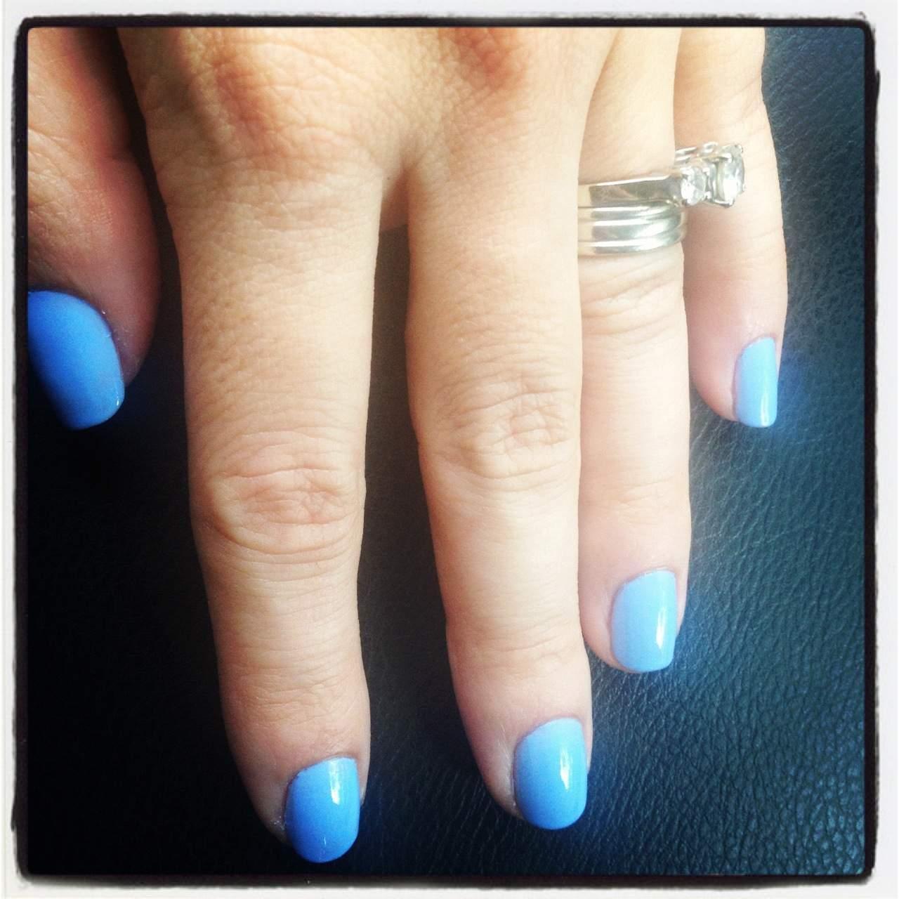 The Best Blue Nail Polishes - Hispana Global
