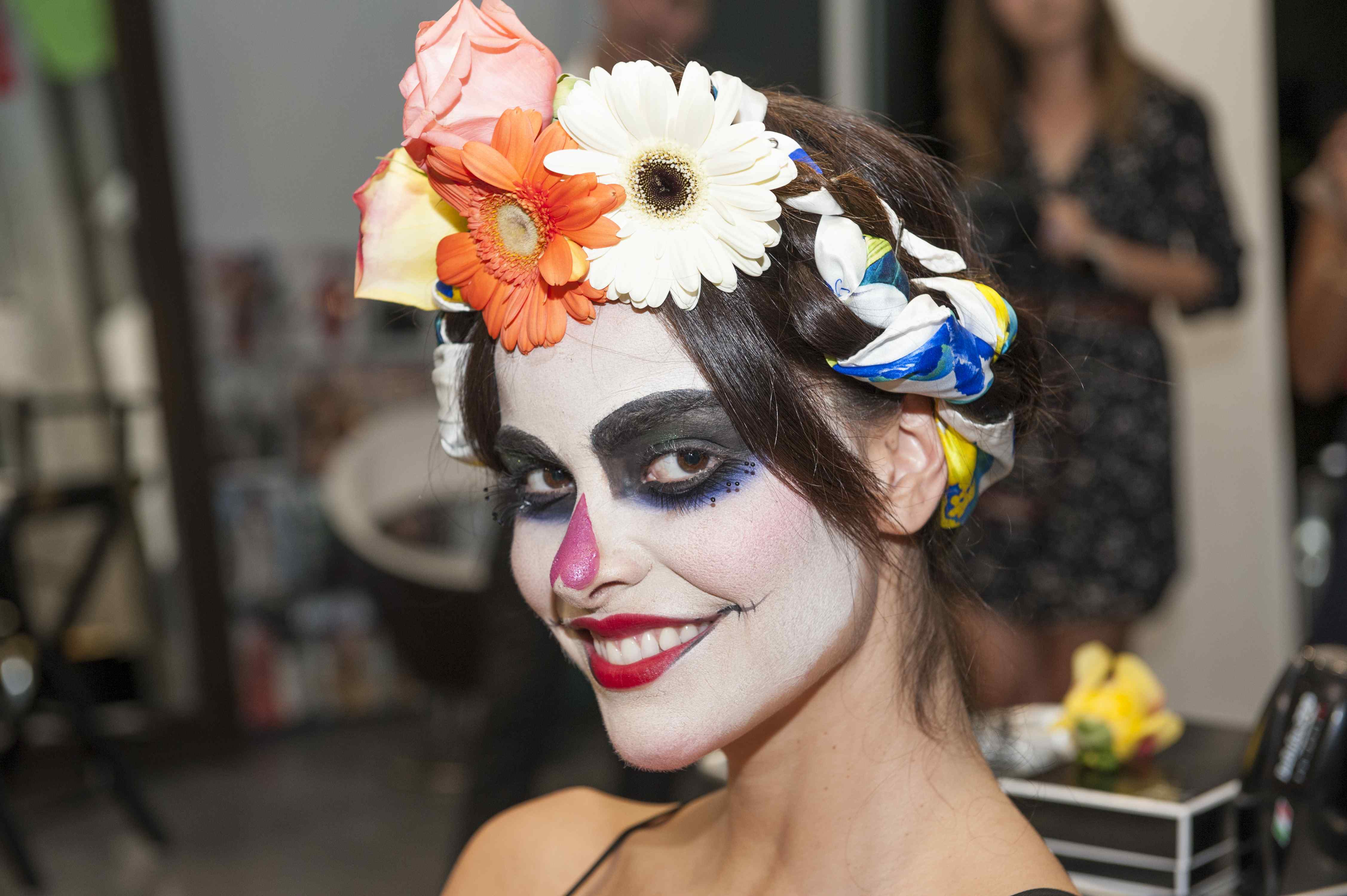 Easy dia de los muertos or day of the dead makeup tutorial catrina hair and makeup for day of the dead baditri Images