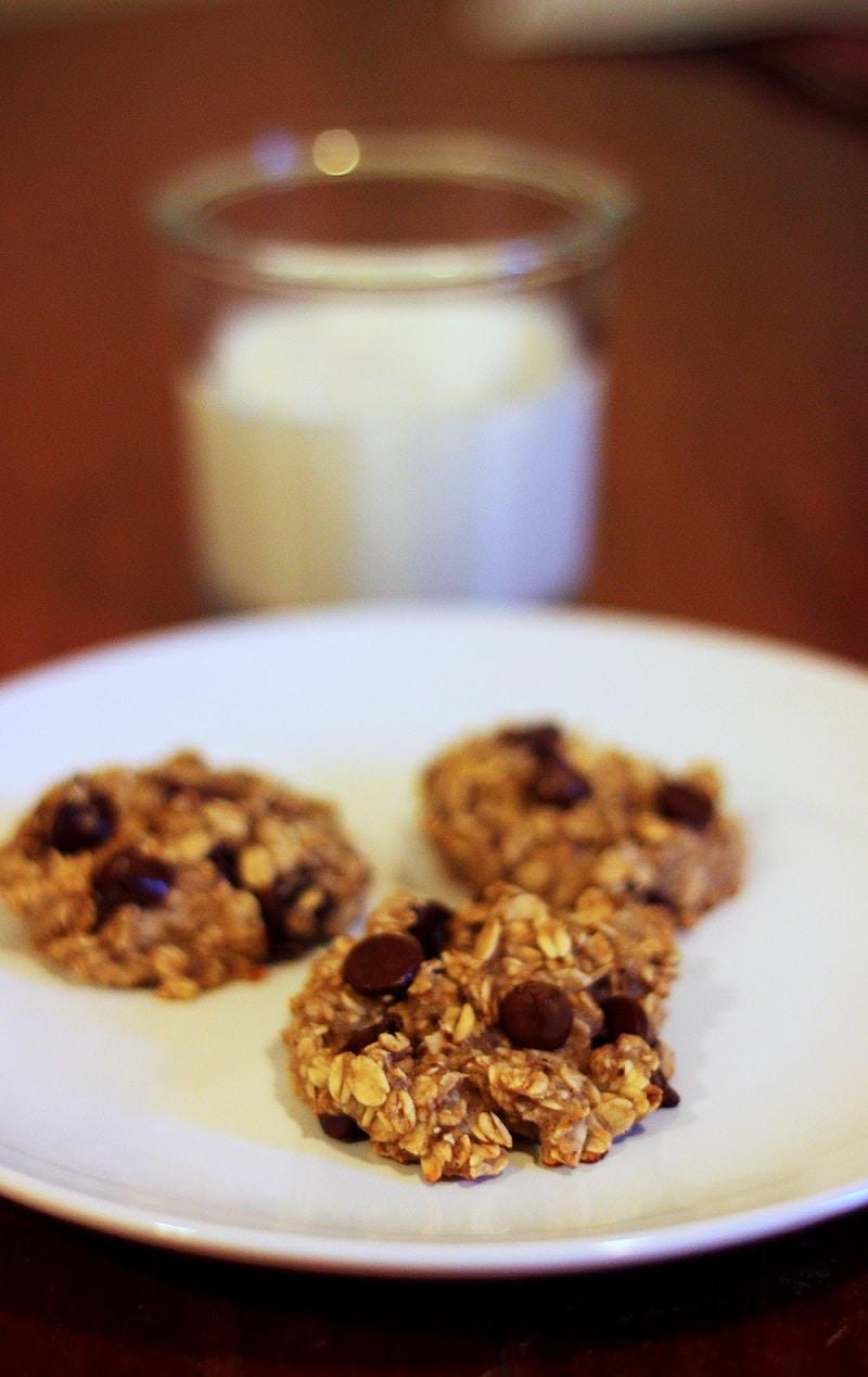 3 Ingredient Oatmeal Breakfast Cookies