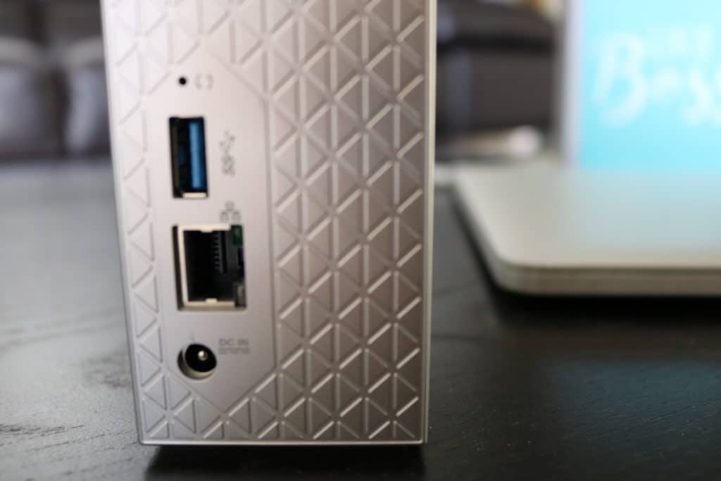 My Cloud Home USB port so you can easily backup data from USB drives