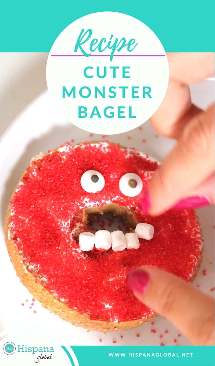 This cute monster bagel is perfect for Halloween