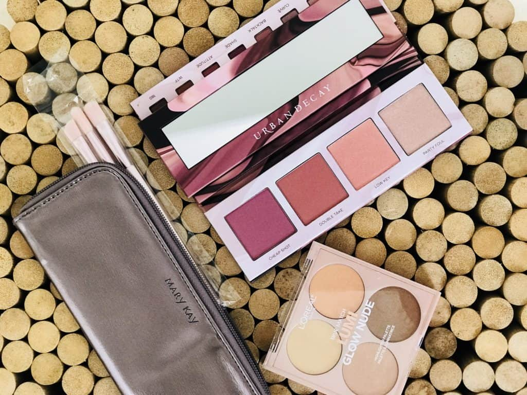Makeup Palettes - last-minute mother's day gift ideas