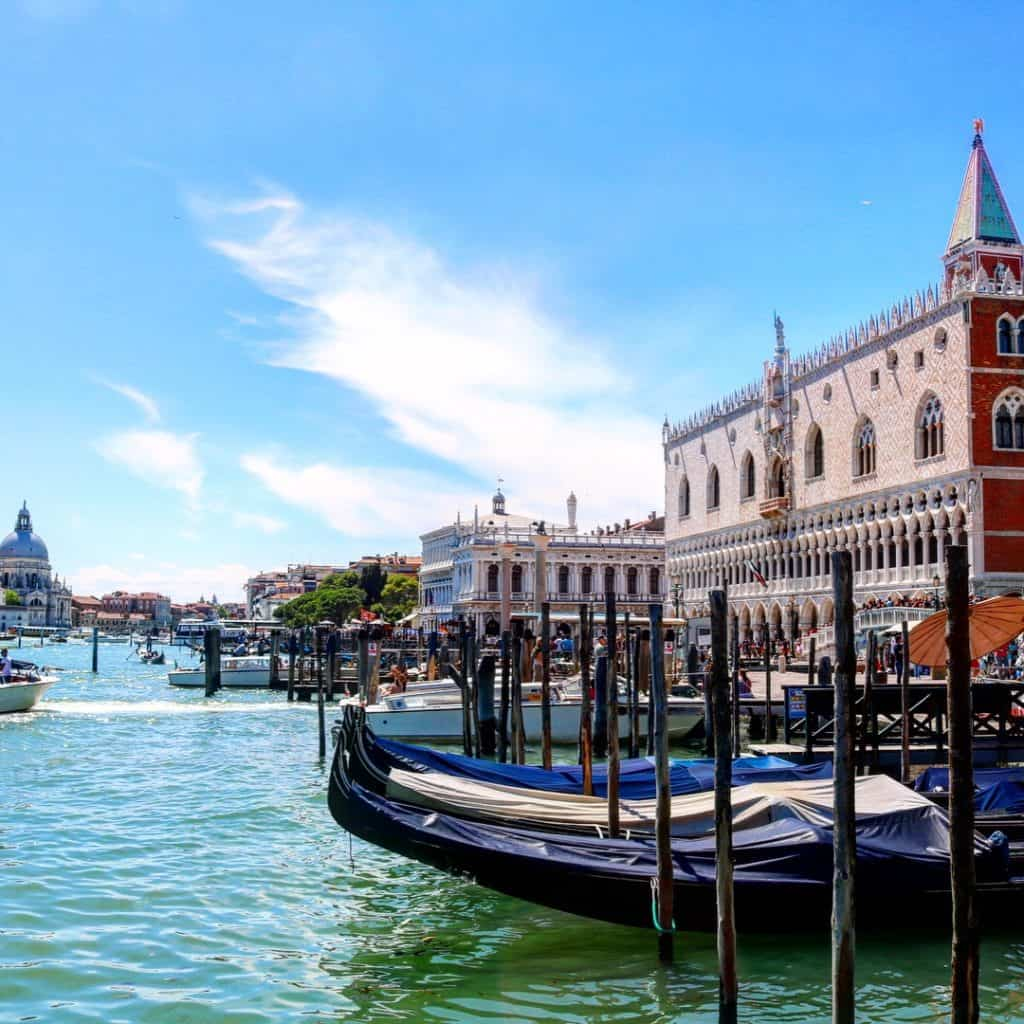 If you're planning a trip to Venice with kids, make sure to check out these practical tips to enjoy your incredible family vacation.