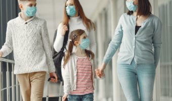 How to protect your health when you travel with your family