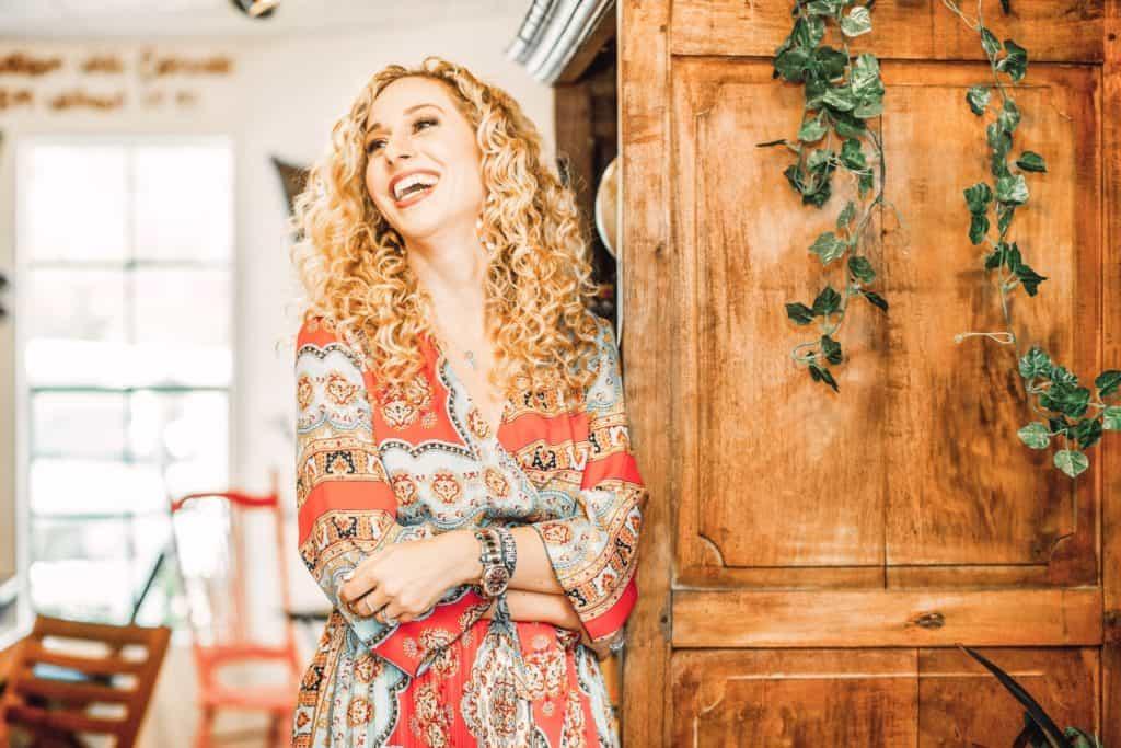 woman shares 7 inspirational life tips