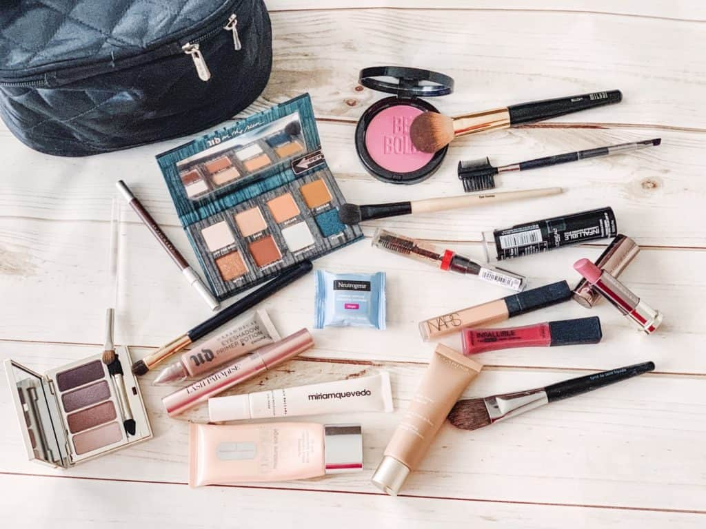 Travel makeup kit essentials