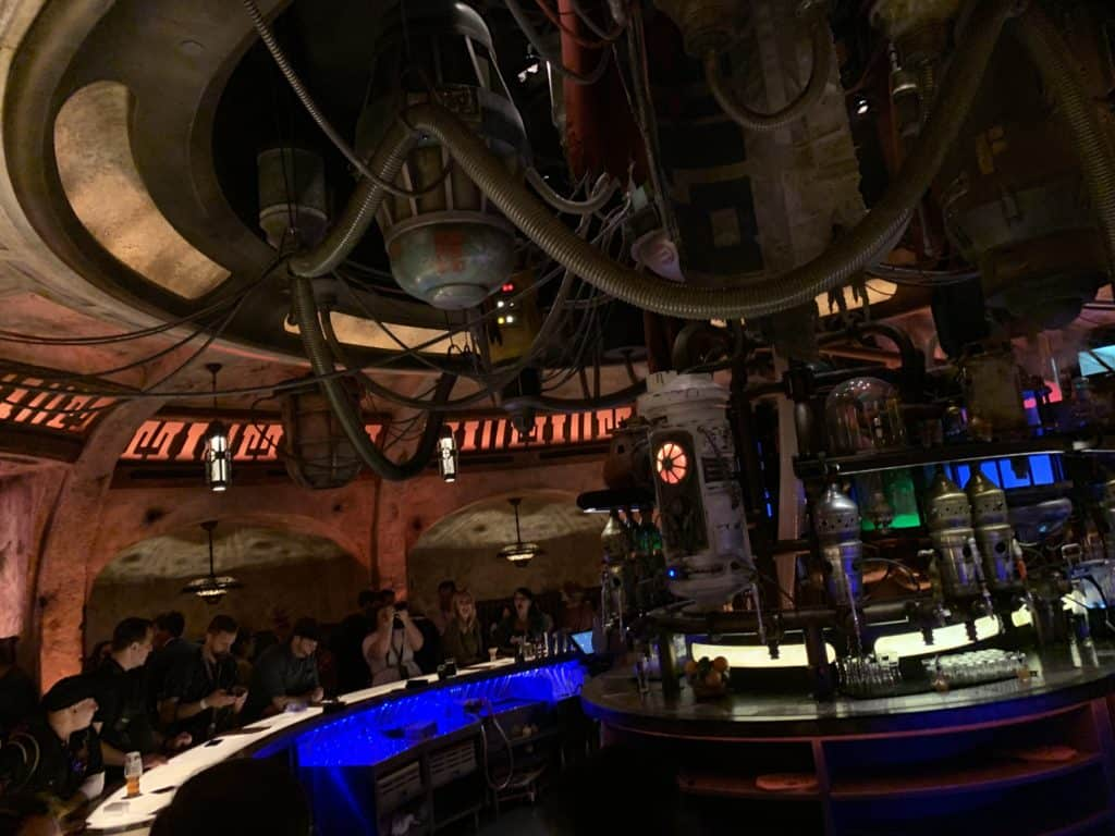 Tips for Disneyland Star Wars: Galaxy's Edge - Oga's Cantina