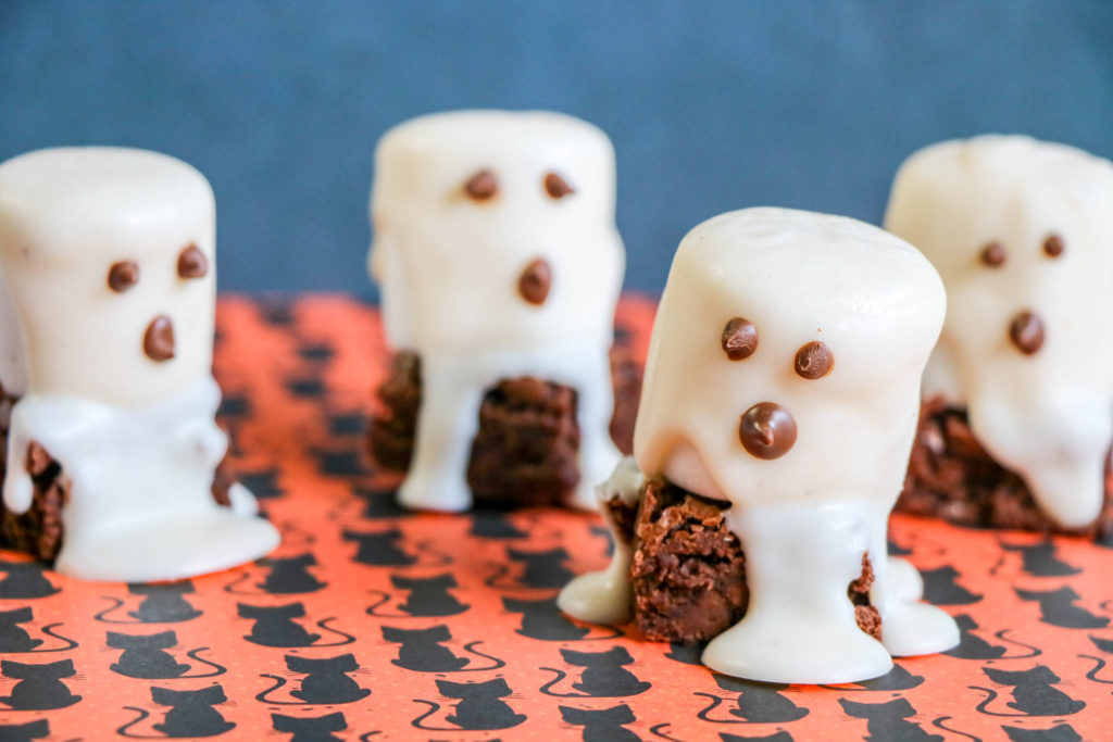 These frightfully delicious ghost brownies are a huge hit at any Halloween party and will have guests saying boo! They're also very easy to make. Here's how.