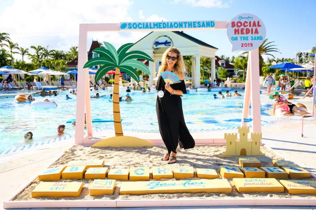 Jeannette Kaplun Social Media on the Sand