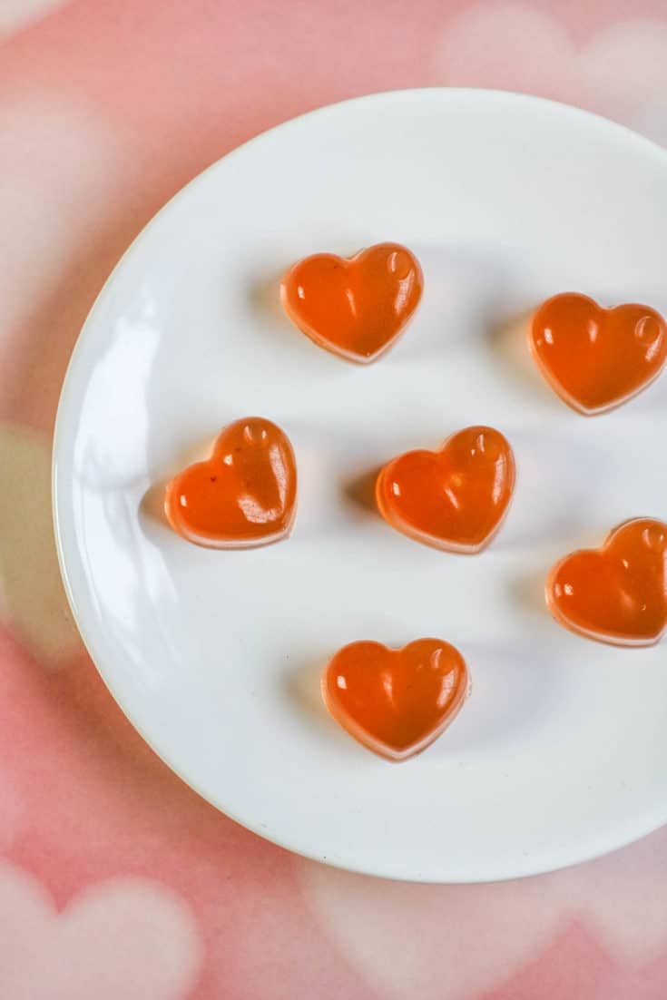 Fruit Juice Heart-Shaped Gummies