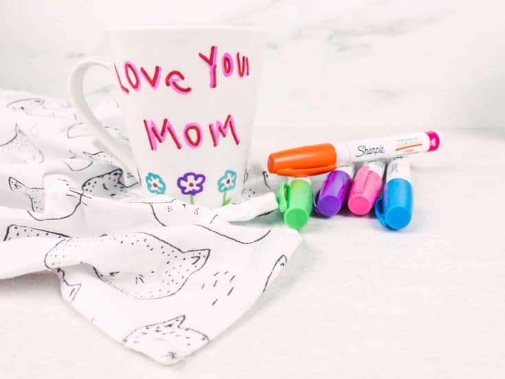 How to make a peronalized mug with Sharpies
