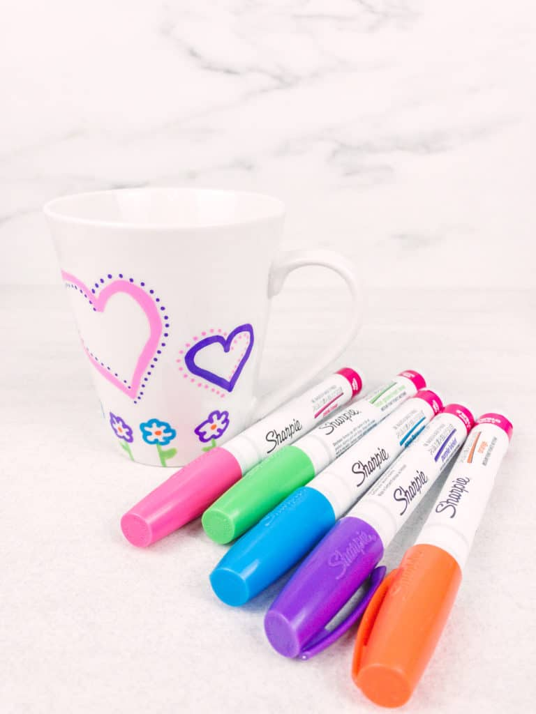This easy and adorable personalized mug can be made at home and is the perfect Mother's Day gift. Let your kids decorate it with markers and then fill with candy, tea bags or bath products.