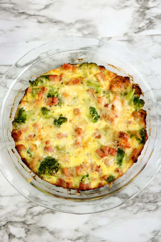 If you're looking for a delicious gluten-free dinner recipe, you'll love this easy ham and Gruyère cheese quiche, which is crustless.